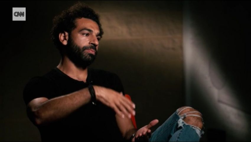 فيديو | محمد صلاح يتحدث عن علاقته بـ«ماني».. وهذا رأيه في تقنية «الفار»