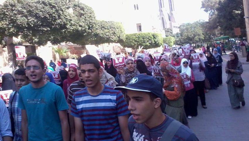 خليل :إضراب طلاب هندسة عين شمس قمة فى التحضر