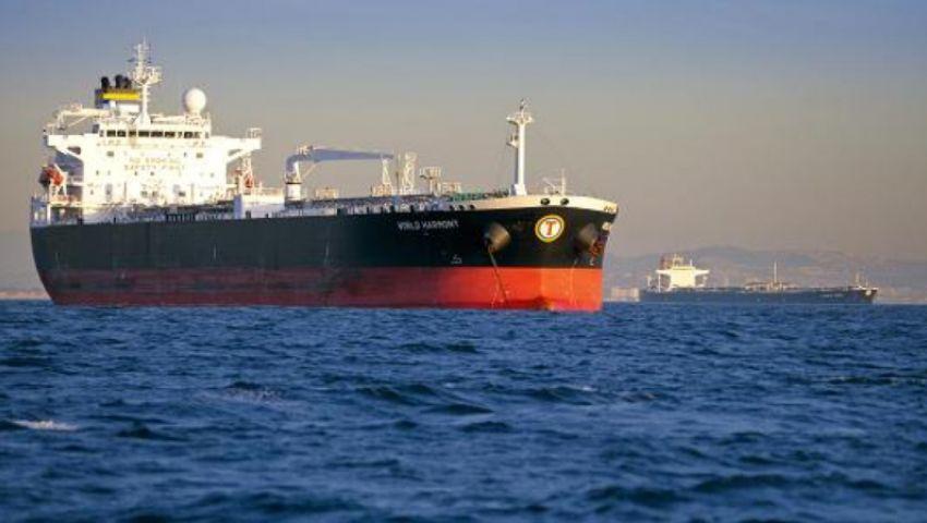 السعودية: إحدى ناقلتي خليج عمان كانت محملة بمادة بترولية من المملكة