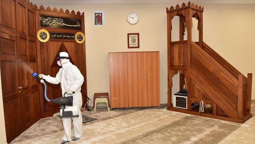 بسبب كورونا.. تركيا توقف صلوات الجماعة بالمساجد