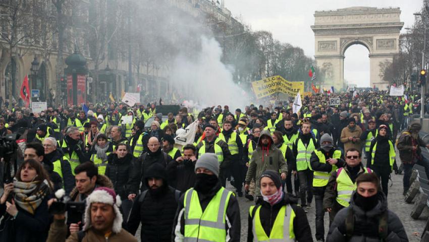 ذكرى «السترات الصفراء».. الشرطة الفرنسية توقف164 متظاهرًا