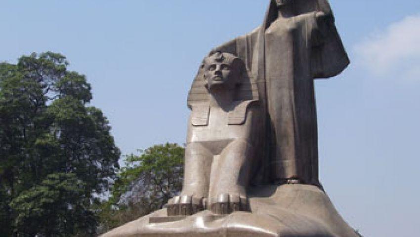 مثقفون يطالبون بحماية تمثال نهضة مصر