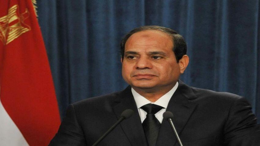 على وقْع تفجيرات سيناء.. السيسي يجتمع بقيادات الجيش والشرطة
