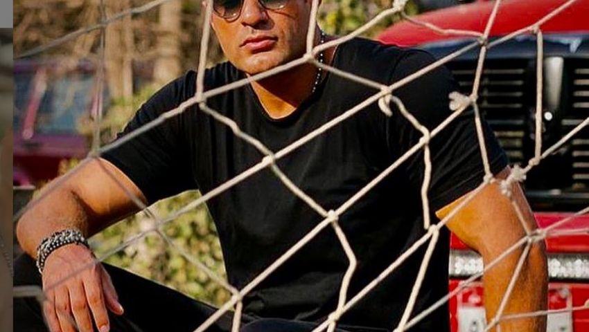 فيديو| «جاني في ملعبي».. أحدث أغنيات محمد نور مع عزيز الشافعي