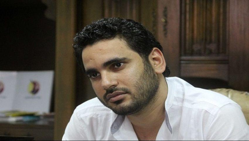 خالد تليمة عن مشاركة مصر في جنازة بيريز: إحنا خونة وبنبيع البلد