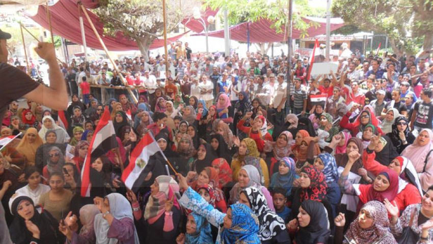 استمرار مظاهرات المنوفية للمطالبة برحيل مرسي