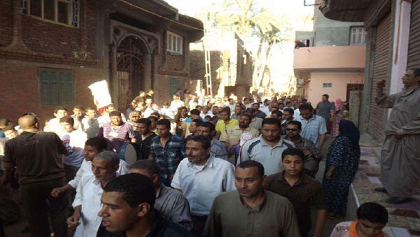 مسيرة حاشدة لإسقاط النظام بكورنيش النيل بأسوان
