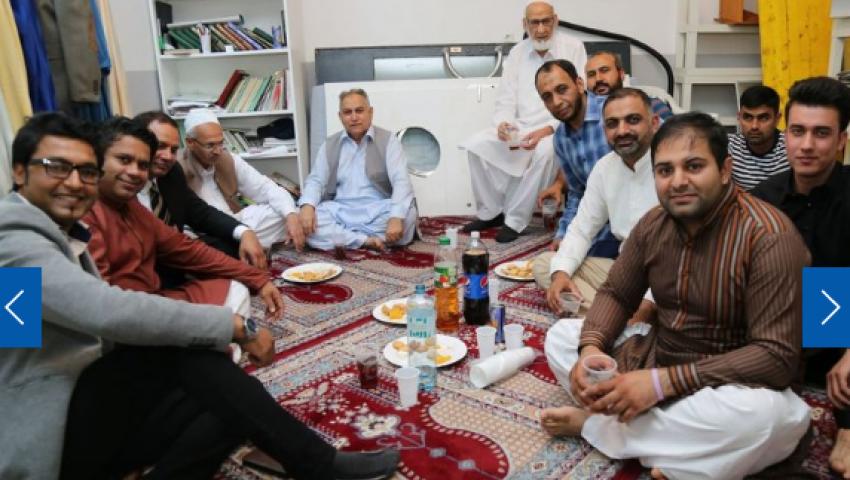 صحيفة نمساوية توضح كيف احتفل المسلمون بعيد الفطر في فيينا