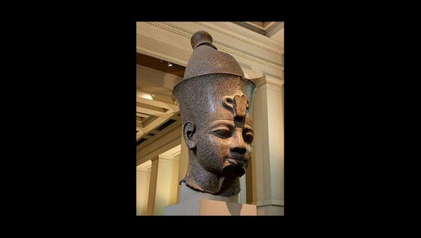 الفرعون أمنتحب الثالث يستعيد رأسه بالأقصر