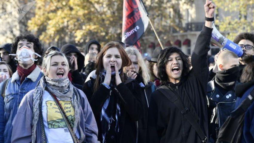 مئات الفرنسيين يتظاهرون للمطالبة بإجراءات فورية ضد قتل النساء