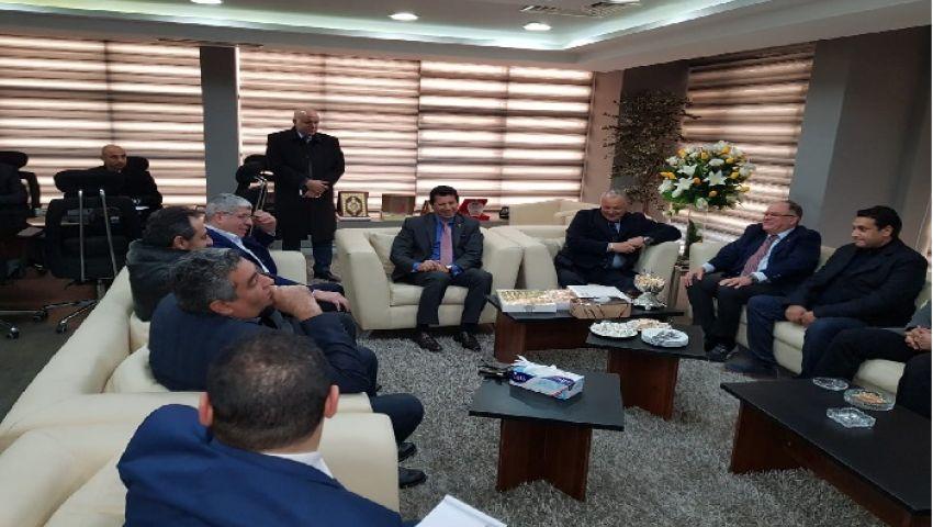 كواليس مفاوضات حل أزمة الدوري