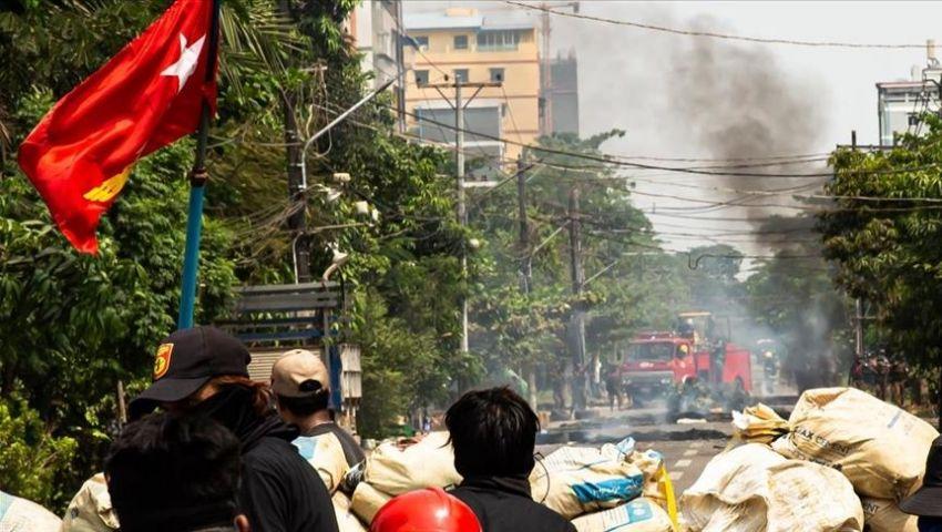 الدماء تسيل في ميانمار.. «عسكر بورما» يواصل الانتقام من المحتجين (فيديو)