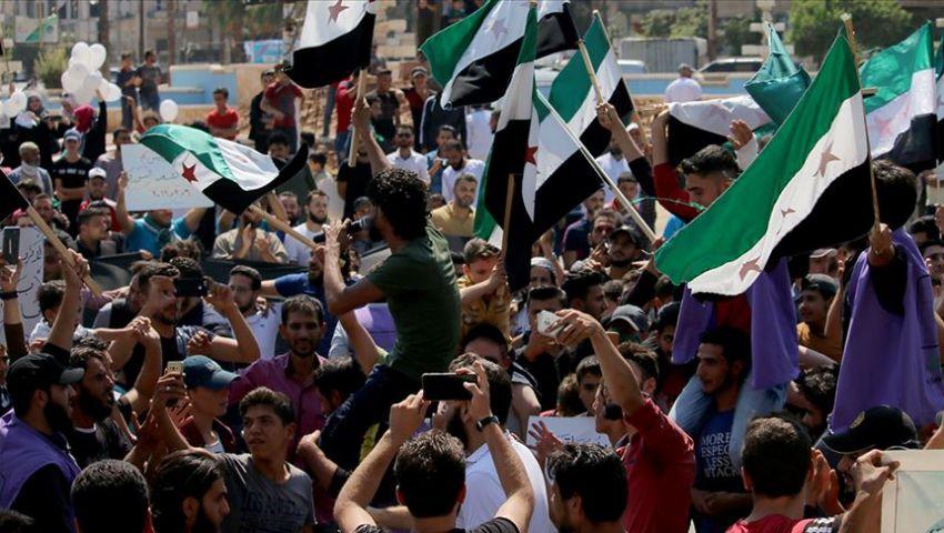 فيديو: أهالي إدلب يواصلون انتفاضتهم ضد النظام السوري وروسيا