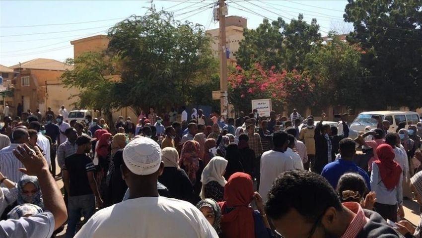 السودان.. المعارضة تعلن الإضراب العام ومواصلة الاعتصام والتظاهر