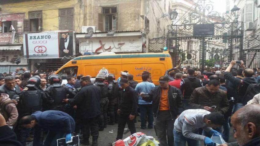 (صور) محافظ أسيوط يدين انفجارات كنائس طنطا والإسكندرية