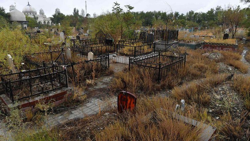 AFP : الصين تحول مقابر المسلمين لمواقف سيارات وملاعب