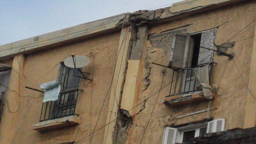 أهالي «الطوبجية» بالإسكندرية يستغيثون من تصدع منازلهم: منتظرين الموت