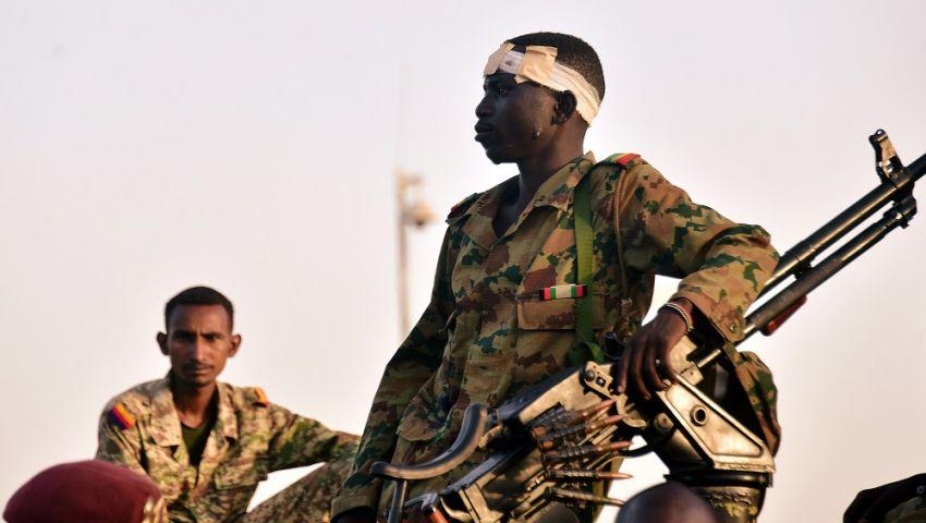 بعد بيان العزل.. تجمع المهنيين السودايين يوجّه نداء لـ«شرفاء الجيش»