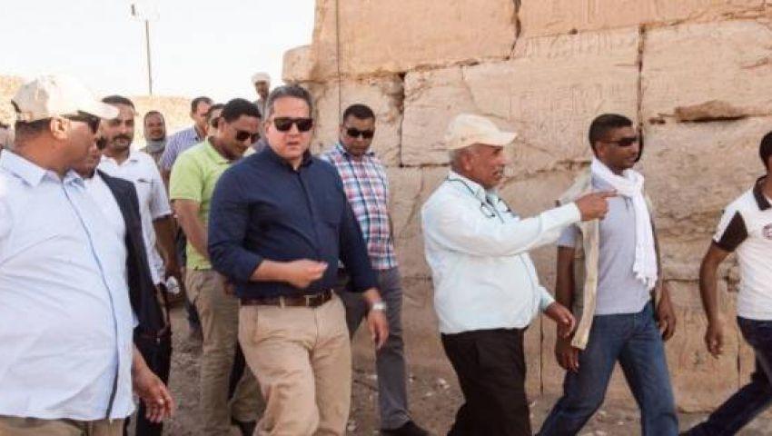 العناني يفتتح مشروع تطوير منطقة أبيدوس الأثرية
