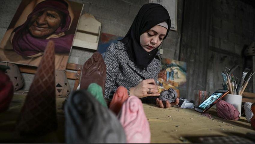 قشطة تحول شهداء فلسطين الصغار في مجزرة رفح   لـ«آيس كريم»