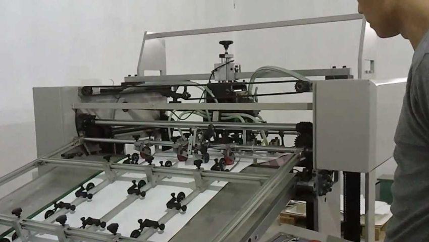 مع بدء الدراسة| «صناعة الورق» في خبر كان.. والتجار يستغيثون