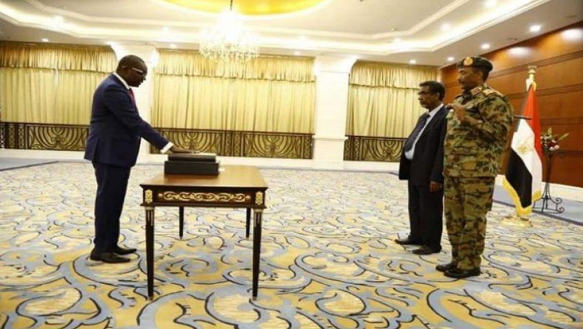 بقسم «التعايشي».. المجلس السيادي السوداني يكتمل وويجتمع مع  «حمدوك»