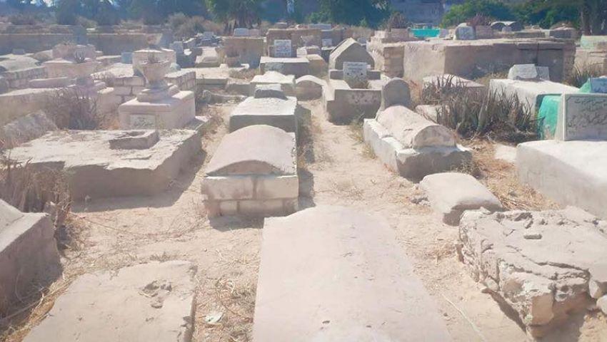 صور  سحر ومخدرات وخمور.. مفاجآت حملة شبابة بمقابر الإسكندرية