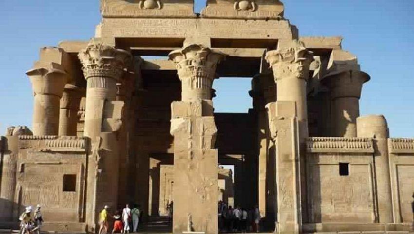 «االآثار» تعلناكتشافا أثريا جديدا بمعبد كوم أمبو في أسوان