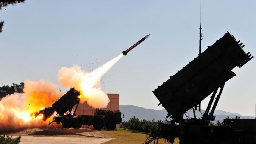 أمريكا تحشد عسكريا في الشرق الأوسط.. ماذا يخطط ترامب؟