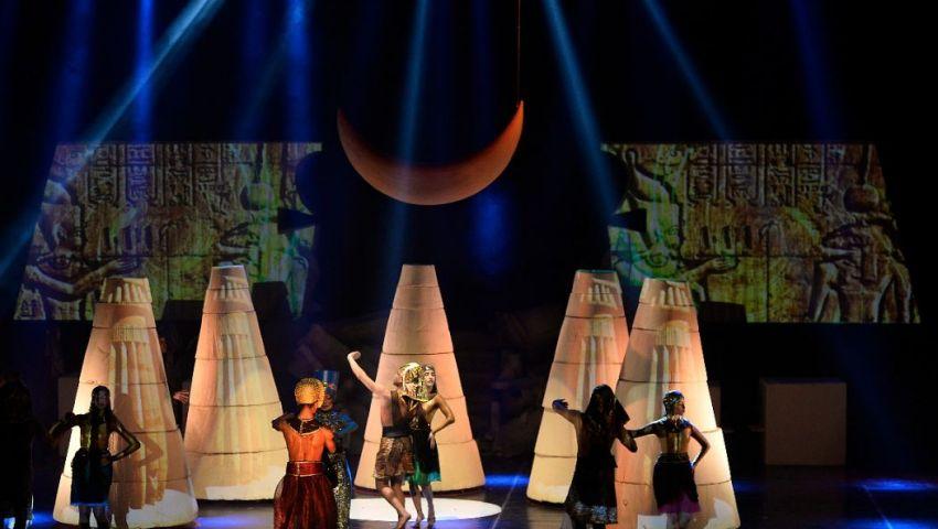 صور| «إخناتون» يناقش مشكلة التعصب على المسرح الكبير