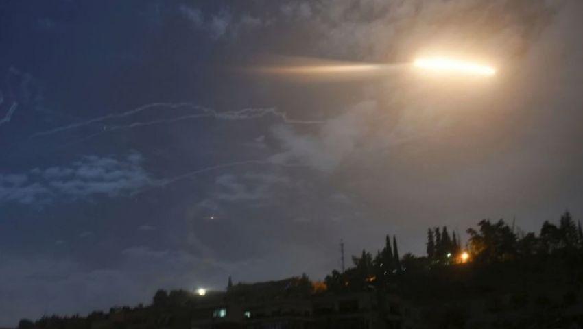 فيديو| للمرة الثانية خلال 24 ساعة.. النظام السوري يعلن التصدي لـ«مقذوفات» من إسرائيل