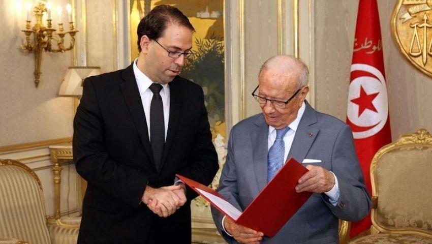 «تحالف المصالح».. هل يوحد السبسي والشاهد في «رئاسية تونس»؟