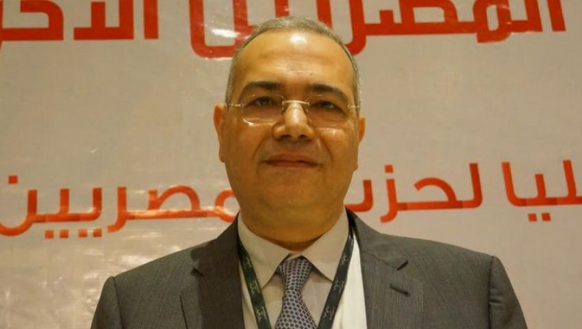 عصام خليل رئيسا لـ المصررين الأحرار بالتزكية.. وتدشين صحيفة للحزب