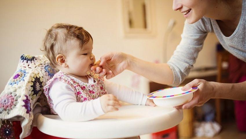 أفضل 9 أطعمة مفيدة جدا للأطفال
