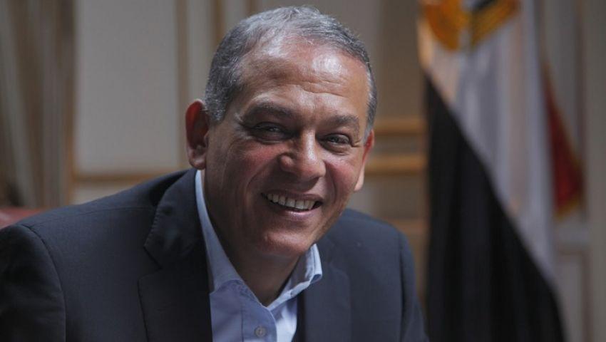 فيديو.. السادات يكشف حقيقة إعلان ترشحه لرئاسة الجمهورية