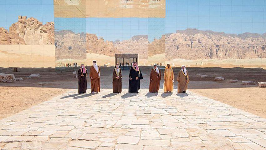 بمصالحة قطر.. محمد بن سلمان يخرج من عباءة «بن زايد»