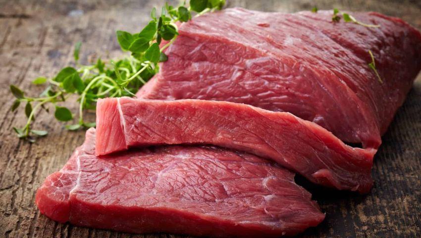 علماء أمريكيون يحذِّرون غسل اللحوم قبل عملية الطهو