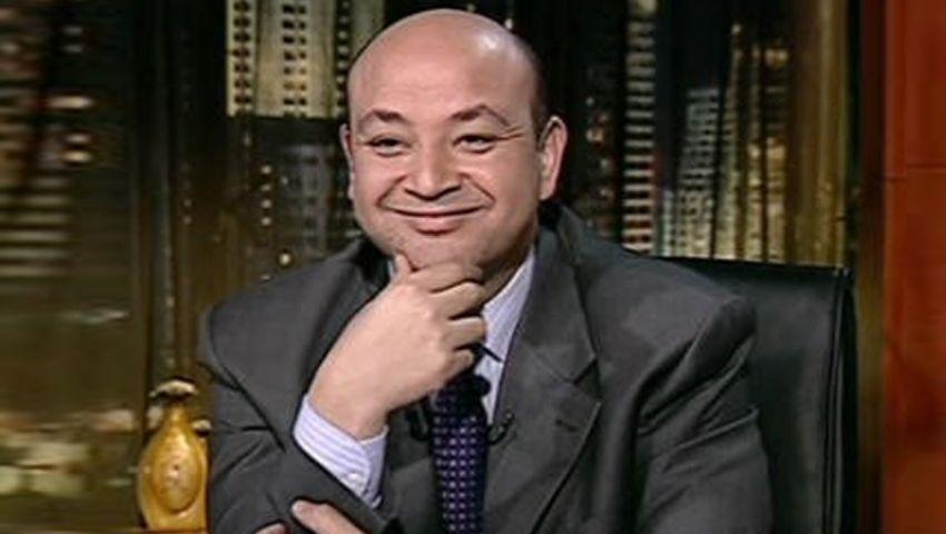 شاهد..أديب : أكل الجمبري حرام !