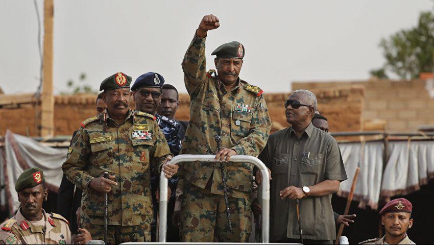 المحاولة الثالثة منذ الإطاحة بالبشير.. الانقلابات تلاحق العسكري السوداني