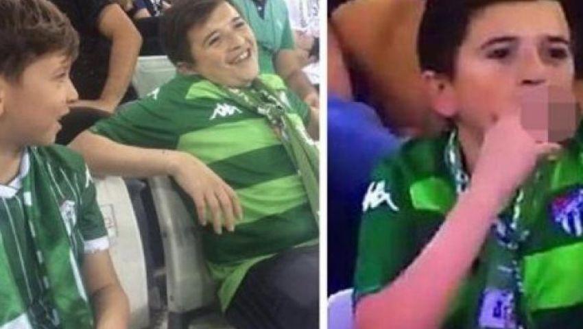فيديو.. مفاجأة مدوية وراء حقيقة «الطفل المدخن» في مباراة بتركيا
