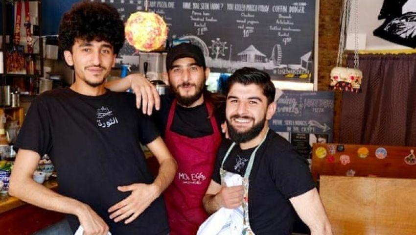 جارديان: اللاجئون السوريون يغيرون قوائم الطعام في بريطانيا