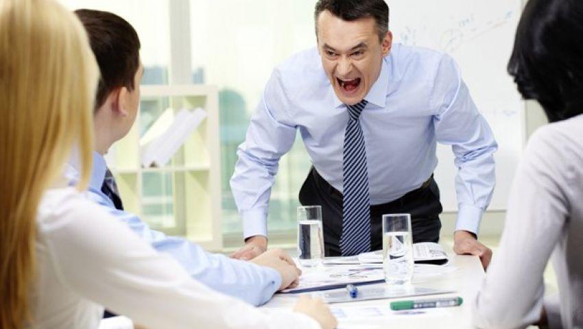«مديرك مين فيهم؟».. 5 مدراء سيئين يدفعوا موظيفهم للاستقالة