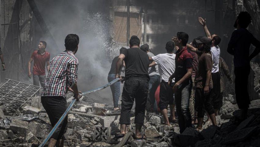 فيديو  أرقام مرعبة تكشف مأساة إدلب وحماة.. مقتل 800 سوري في 3 أشهر