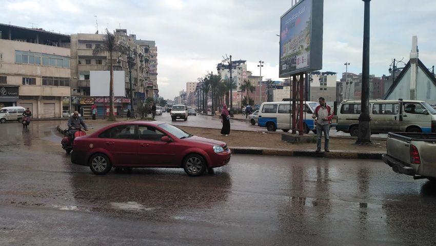 لليوم الثاني.. أمطار غزيرة تغرق شوارع دمياط