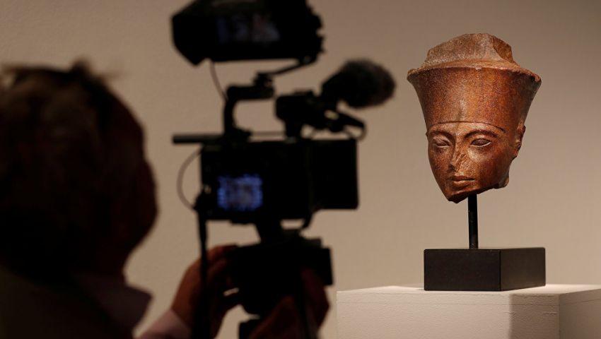 بيع بـ 6 ملايين دولار رغم اعتراض مصر.. تعرف على قصة  عرض رأس توت غنخ آمون في المزاد