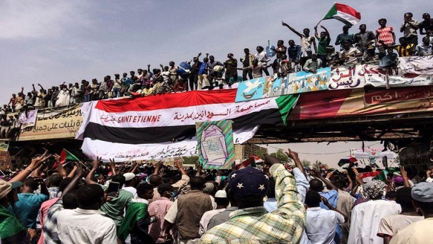 جورج كلوني وجون برندرغاست لـ العالم: السودان يحتاج أكثر من الكلمات