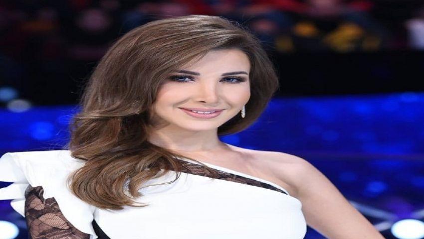 ناسي عجرم تكشف رأيها عن الثورات وتوجه رسالة للسياسيين بلبنان