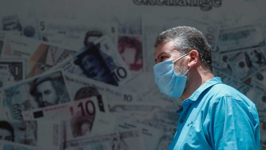 مصر تلجأ لصندوق النقد مجدداً.. هل تؤثر القروض على البسطاء؟