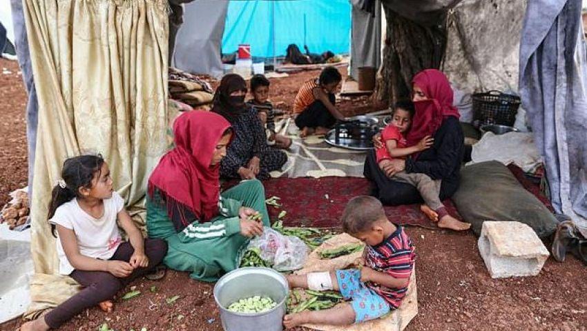 الفرنسية: بعد هجوم الأسد على إدلب.. النازحون يقضون أول رمضان بلا مأوى