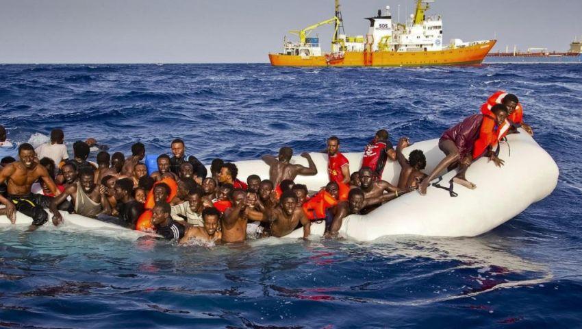 غرق مركب يُقل عشرات المهاجرين قبالة السواحل التونسية
